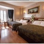 Taksim Istanbul Apart Triple Hotel Room